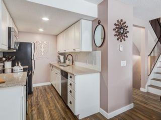 Photo 9: 826 200 BROOKPARK Drive SW in Calgary: Braeside Row/Townhouse for sale : MLS®# C4226293