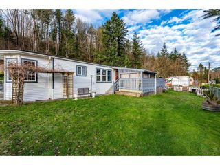 "Photo 5: 83 43201 LOUGHEED Highway in Mission: Dewdney Deroche Manufactured Home for sale in ""Nicomen Village"" : MLS®# R2529405"
