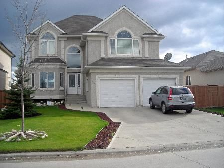 Main Photo: 18 FALCON RIDGE: Residential for sale (Linden Woods)  : MLS®# 2718360