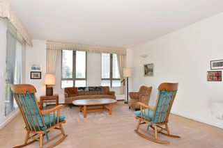 """Photo 3: 202 5850 BALSAM Street in Vancouver: Kerrisdale Condo for sale in """"CLARIDGE"""" (Vancouver West)  : MLS®# R2265512"""
