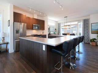 Photo 8: 3460 SPARROWHAWK Ave in : Co Royal Bay House for sale (Colwood)  : MLS®# 876586