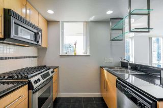"""Photo 9: 2306 550 PACIFIC Street in Vancouver: Yaletown Condo for sale in """"AQUA AT THE PARK"""" (Vancouver West)  : MLS®# R2580725"""