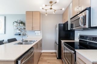 """Photo 13: 1409 977 MAINLAND Street in Vancouver: Yaletown Condo for sale in """"YALETOWN PARK 3"""" (Vancouver West)  : MLS®# R2595061"""