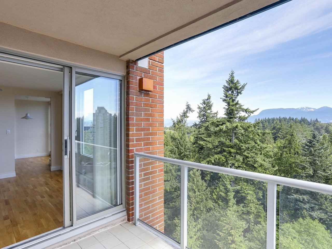 """Photo 15: Photos: 1704 5775 HAMPTON Place in Vancouver: University VW Condo for sale in """"CHATHAM"""" (Vancouver West)  : MLS®# R2196974"""