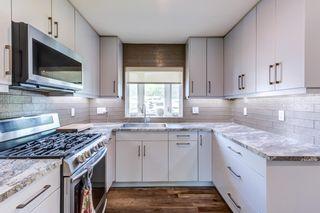 Photo 2: 11045 152 Street in Edmonton: Zone 21 House for sale : MLS®# E4263327