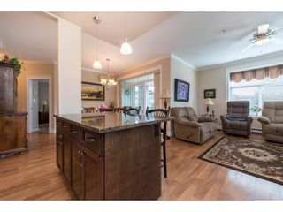 """Photo 18: 311 2068 SANDALWOOD Crescent in Abbotsford: Central Abbotsford Condo for sale in """"The Sterling"""" : MLS®# R2591010"""