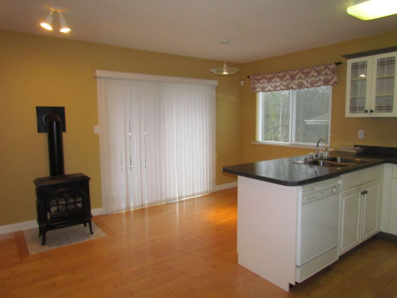 Photo 4: Photos: 30936 Brookdale Crt. in Abbotsford: Abbotsford West House for rent