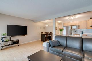 Photo 10: 11 Country Village Circle NE in Calgary: Country Hills Village Row/Townhouse for sale : MLS®# A1118288