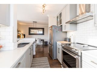 """Photo 8: 411 2020 SE KENT Avenue in Vancouver: South Marine Condo for sale in """"Tugboat Landing"""" (Vancouver East)  : MLS®# R2418347"""