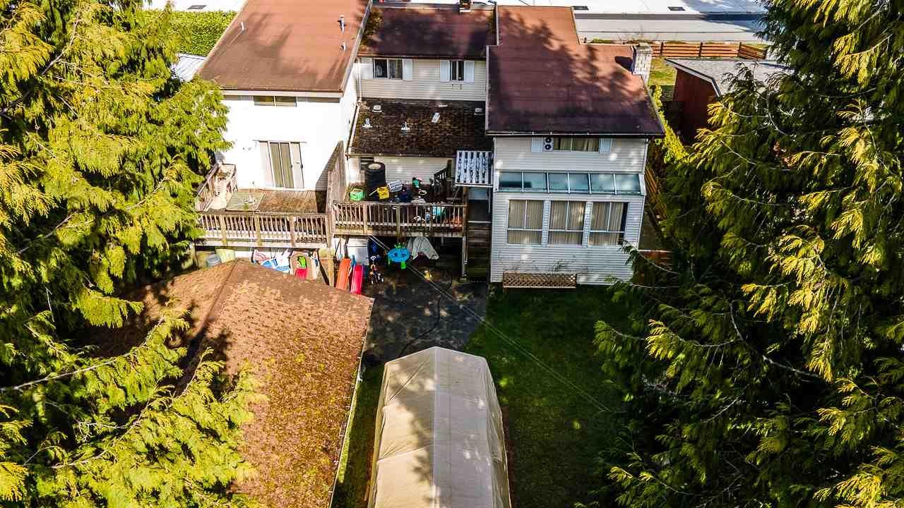 "Photo 11: Photos: 13832 113 Avenue in Surrey: Bolivar Heights House for sale in ""BOLIVAR HEIGHTS"" (North Surrey)  : MLS®# R2552463"
