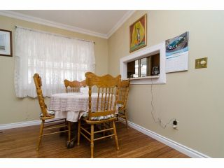 """Photo 7: 42 1400 164 Street in Surrey: King George Corridor House for sale in """"Gateway Gardens"""" (South Surrey White Rock)  : MLS®# F1419963"""