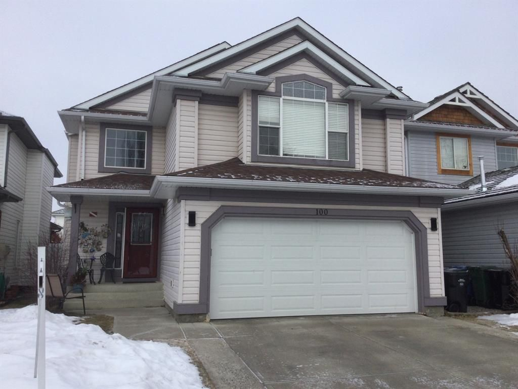 Main Photo: 100 Mt Selkirk Close SE in Calgary: McKenzie Lake Detached for sale : MLS®# A1063625