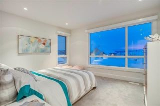 Photo 19: 705 HOWATT Drive in Edmonton: Zone 55 House for sale : MLS®# E4217195