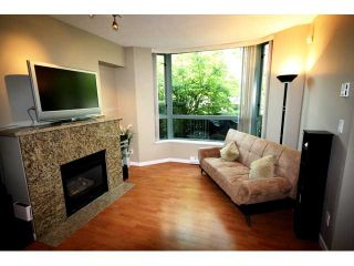 """Photo 3: TH1 1889 ROSSER Avenue in Burnaby: Brentwood Park Townhouse for sale in """"THE BUCHANAN"""" (Burnaby North)  : MLS®# V829881"""