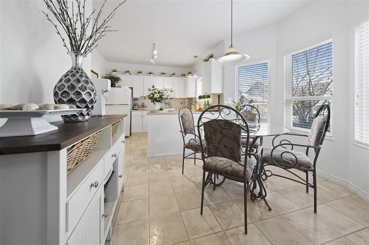 """Photo 7: Photos: 6686 205A Street in Langley: Willoughby Heights House for sale in """"WILLOW RIDGE"""" : MLS®# R2346126"""