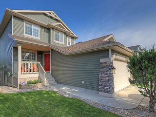 Photo 1: 54 BRIDLEPOST Green SW in Calgary: Bridlewood Detached for sale : MLS®# C4258811
