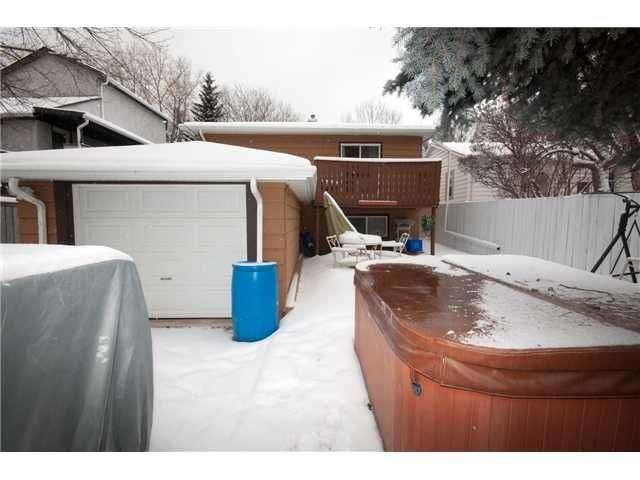 Photo 13: Photos: 316 15 Street NW in CALGARY: Hillhurst Residential Detached Single Family for sale (Calgary)  : MLS®# C3606569