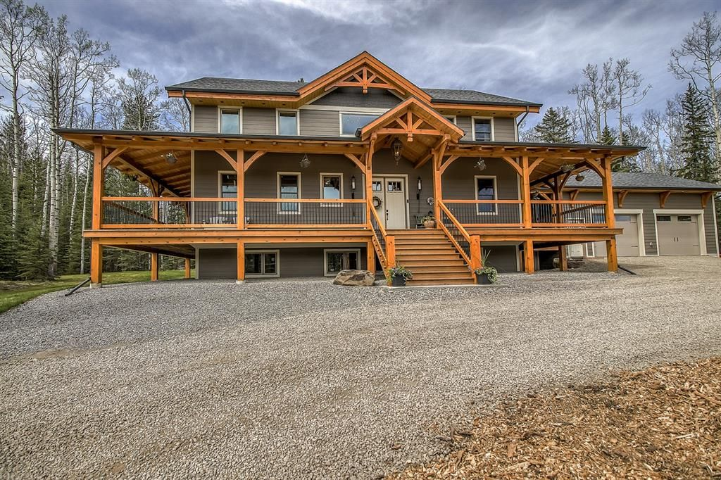 2019 CUSTOM BUILT, FULLY STRUCTURAL TIMBER FRAME HOME