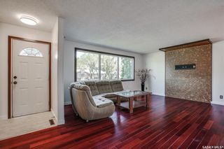 Photo 2: 20 Hardy Crescent in Saskatoon: Greystone Heights Residential for sale : MLS®# SK857049