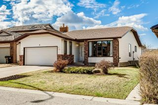 Photo 1: 8 Edgeland Bay NW in Calgary: Edgemont Detached for sale : MLS®# A1103011