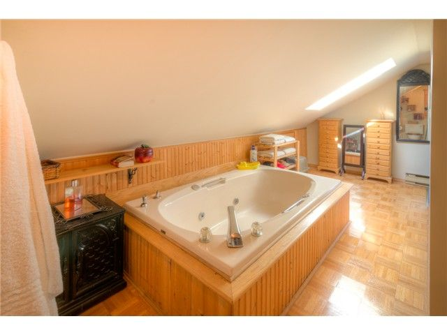 """Photo 12: Photos: 929 FOURTH Street in New Westminster: GlenBrooke North House for sale in """"GLENBROOKE NORTH"""" : MLS®# V1058200"""