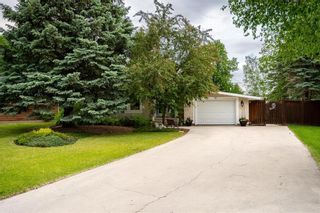 Photo 3: 36 Pine Crescent in Steinbach: Woodlawn Residential for sale (R16)  : MLS®# 202114812