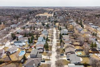 Photo 32: 67 The Bridle Path in Winnipeg: Charleswood Residential for sale (1G)  : MLS®# 202107729