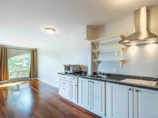 Photo 4: 308 2227 James White Blvd in : Si Sidney North-East Condo for sale (Sidney)  : MLS®# 874603