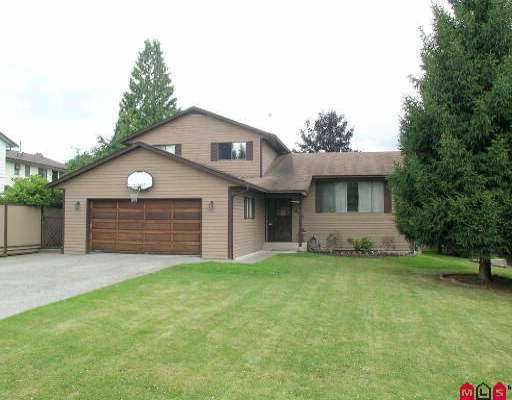 Main Photo: 8851 204B ST in Langley: Walnut Grove House for sale : MLS®# F2515928