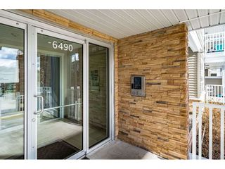 """Photo 38: 410 6490 194 Street in Surrey: Cloverdale BC Condo for sale in """"WATERSTONE"""" (Cloverdale)  : MLS®# R2535628"""