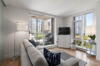"""Photo 5: 808 565 SMITHE Street in Vancouver: Downtown VW Condo for sale in """"Vita"""" (Vancouver West)  : MLS®# R2575019"""