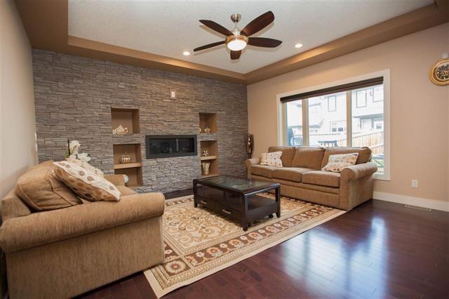 Main Photo: 1084 ARMITAGE Crescent in Edmonton: Zone 56 House for sale : MLS®# E4256926
