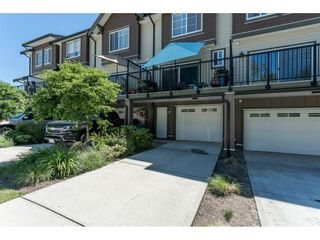 """Photo 2: 2 6677 192 Diversion in Surrey: Clayton Townhouse for sale in """"Clayton Cove"""" (Cloverdale)  : MLS®# R2432937"""