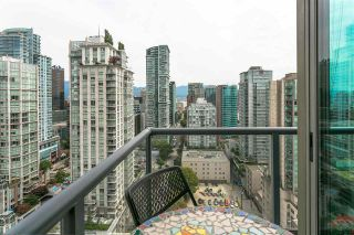 """Photo 15: 2601 928 RICHARDS Street in Vancouver: Yaletown Condo for sale in """"THE SAVOY"""" (Vancouver West)  : MLS®# R2288010"""