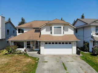 Photo 1: 20723 51A Avenue in Langley: Langley City House for sale : MLS®# R2601553