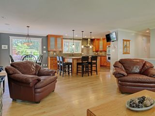 Photo 4: 4586 UNDERWOOD Avenue in North Vancouver: Lynn Valley House for sale : MLS®# R2267358