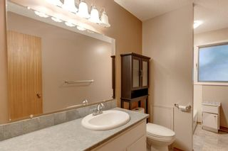 Photo 18: 5011 Vienna Drive NW in Calgary: Varsity Detached for sale : MLS®# A1130338