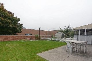 Photo 10: 113 Hickorynut Drive in Toronto: Pleasant View House (Bungalow-Raised) for sale (Toronto C15)  : MLS®# C3037730