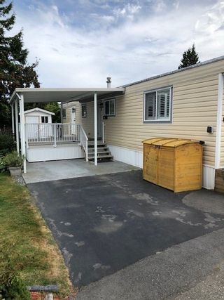 Photo 3: 67 1840 160TH Street in Surrey: King George Corridor Manufactured Home for sale (South Surrey White Rock)  : MLS®# R2488400
