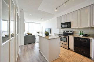 Photo 6: 1706 223 Webb Drive in Mississauga: City Centre Condo for sale : MLS®# W5185388