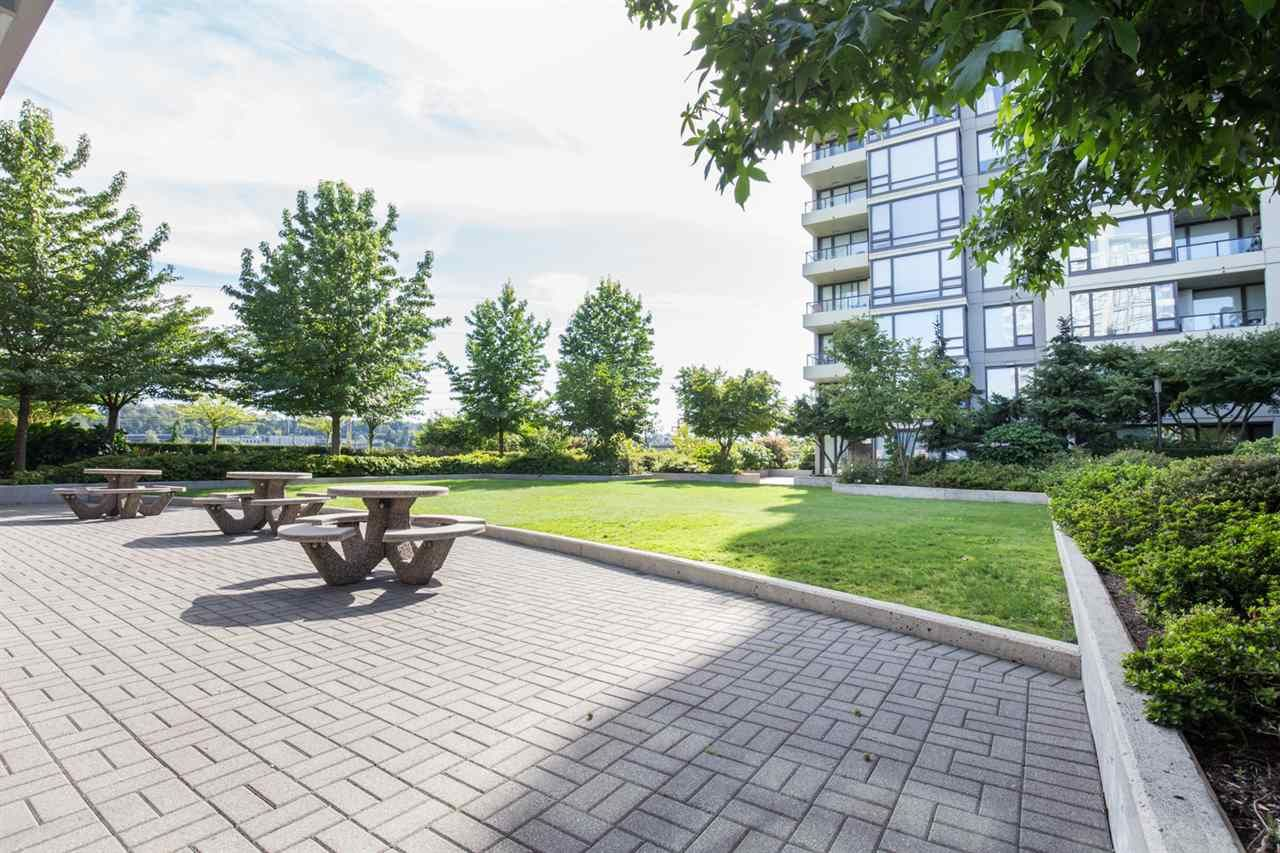"Photo 15: Photos: 1002 4118 DAWSON Street in Burnaby: Brentwood Park Condo for sale in ""TANDEM TOWER 1"" (Burnaby North)  : MLS®# R2101410"