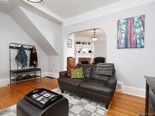 Photo 3: 489 Swinford St in VICTORIA: Es Saxe Point House for sale (Esquimalt)  : MLS®# 819230