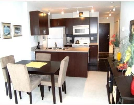 "Main Photo: 2008 938 SMITHE Street in Vancouver: Downtown VW Condo for sale in ""Electric Avenue"" (Vancouver West)  : MLS®# V769665"