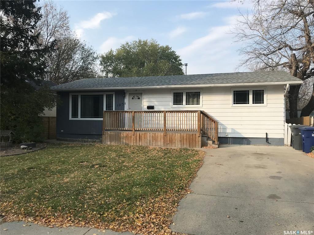 Main Photo: 1031 K Avenue North in Saskatoon: Hudson Bay Park Residential for sale : MLS®# SK872476