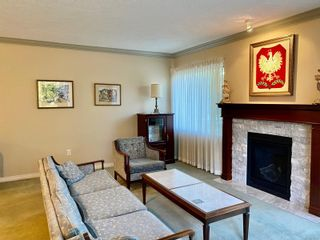 Photo 4: 68 118 Aldersmith Pl in : VR Glentana Row/Townhouse for sale (View Royal)  : MLS®# 876426