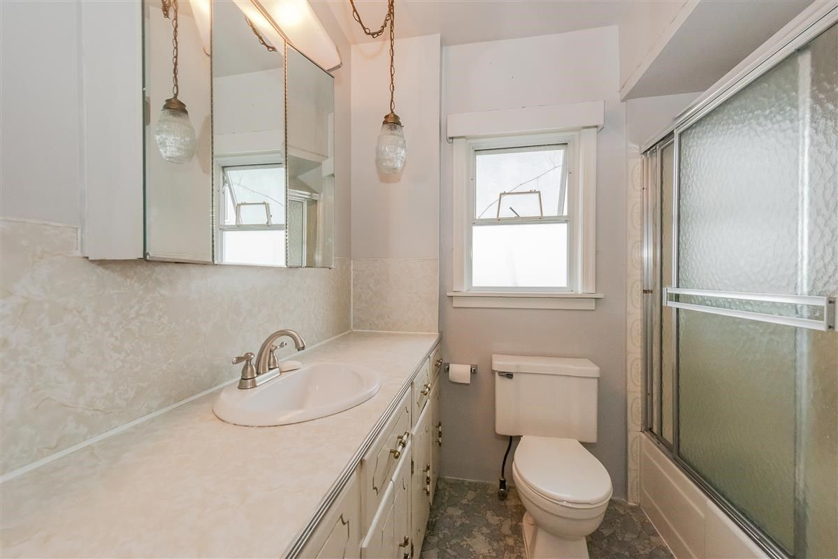 Photo 10: Photos: 3875 LILLOOET Street in Vancouver: Renfrew Heights House for sale (Vancouver East)  : MLS®# R2375620