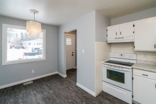 """Photo 10: 7585 LOYOLA Place in Prince George: Lower College 1/2 Duplex for sale in """"LOWER COLLEGE HEIGHTS"""" (PG City South (Zone 74))  : MLS®# R2423973"""
