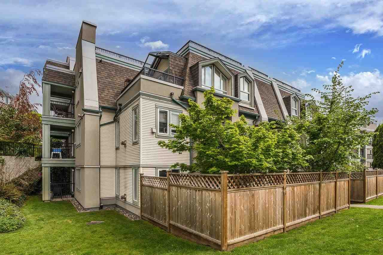 """Main Photo: 63 202 LAVAL Street in Coquitlam: Maillardville Townhouse for sale in """"PLACE FONTAINE BLEAU"""" : MLS®# R2576260"""