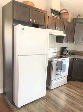 """Photo 16: A4 29666 FRASER Highway in Abbotsford: Aberdeen Manufactured Home for sale in """"Aloha Manufctured Homes & RV Park"""" : MLS®# R2469989"""