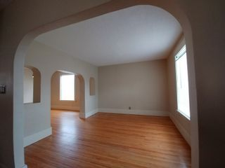 Photo 4: 114 5th Street SE in Portage la Prairie: House for sale : MLS®# 202110955